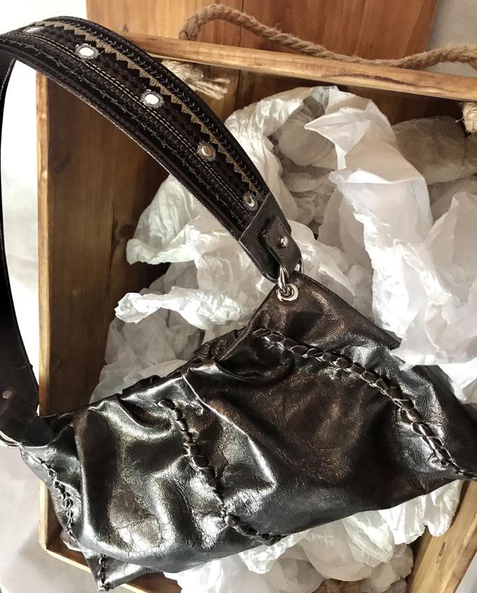 bolso de piel color bronce