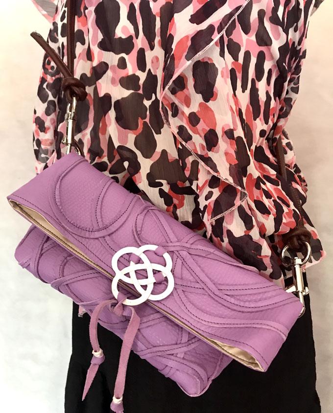 Bolso Vejer Snake en piel violeta1