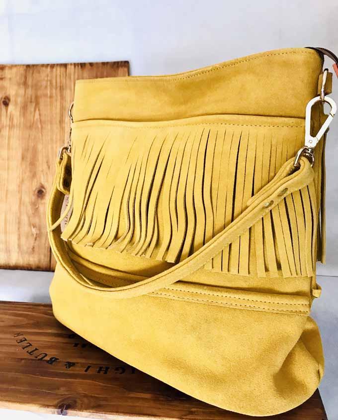 bolso de ante color mostaza