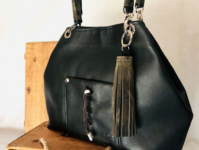 Bolso personalizado en negro modelo Lady Luxe