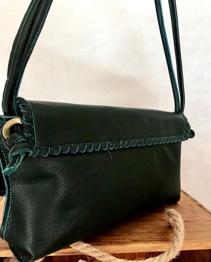 bolso de piel verde
